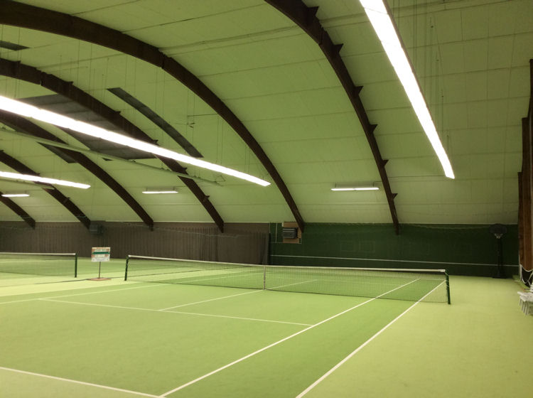 LED Beleuchtung in unserer Halle | BARRIER TENNIS – CLUB